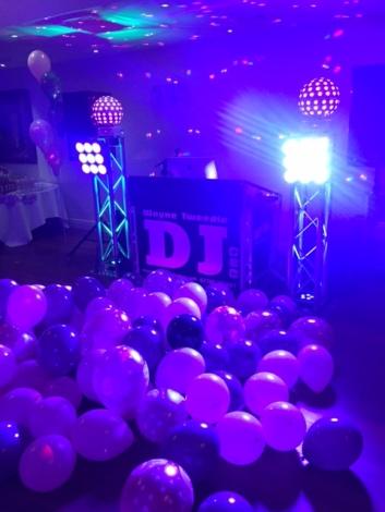 dance floor full !!